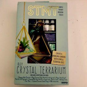 NWT DIY Crystal Terrarium w/essential oils